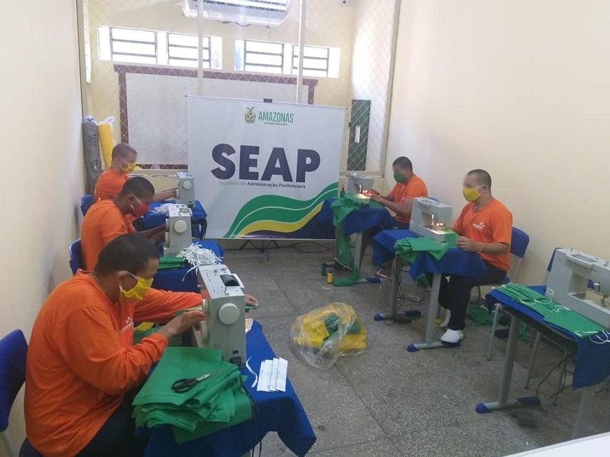 Detentos de Itacoatiara produzem máscaras de proteção para combate ao coronavírus