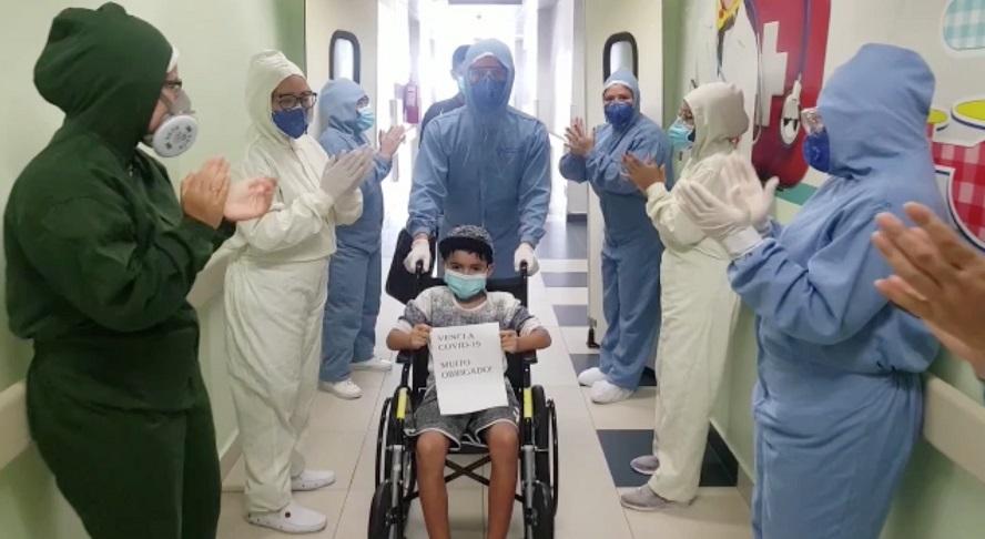 Hospital Delphina Aziz ultrapassa marca de 200 altas de pacientes com Covid-19