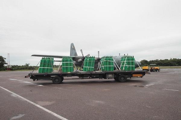 Governo do Amazonas envia 200 cilindros de oxigênio novos para hospital de Tabatinga