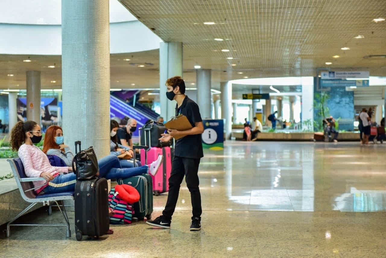 No AM, mais de 56% dos turistas avaliam como satisfatório o emprego