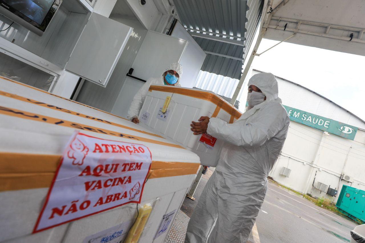 Governo do Amazonas já entregou mais de 61 mil doses da CoronaVac para capital e interior